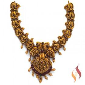 Antique Necklace 1250082
